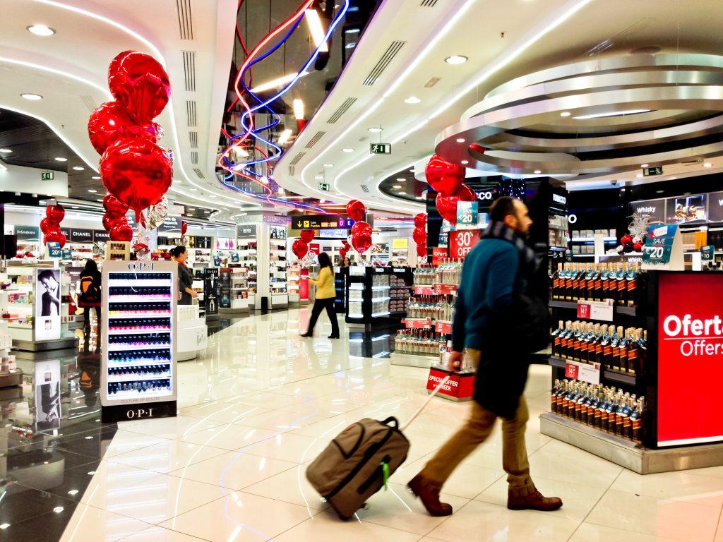 Retail airport