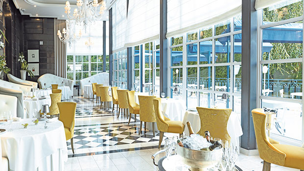 Trianon Palace Versailles has chosen Halton Solutions for the ventilation of their kitchen
