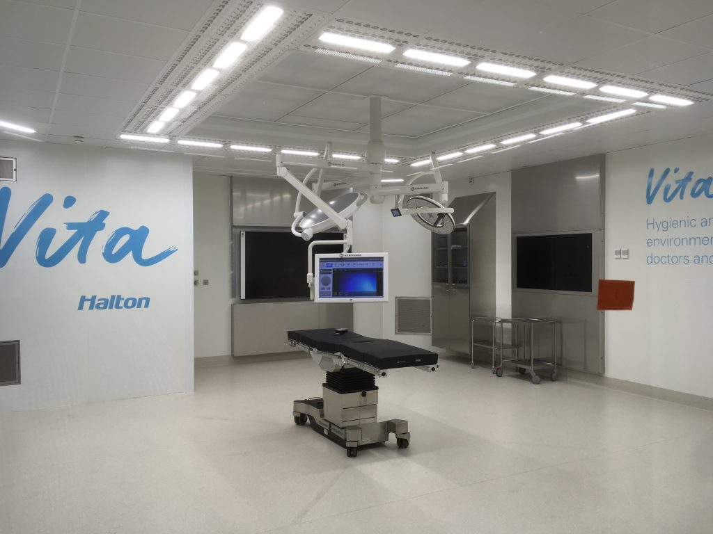 Halton Vita OR Space with disinfection blue light integrated_white light on
